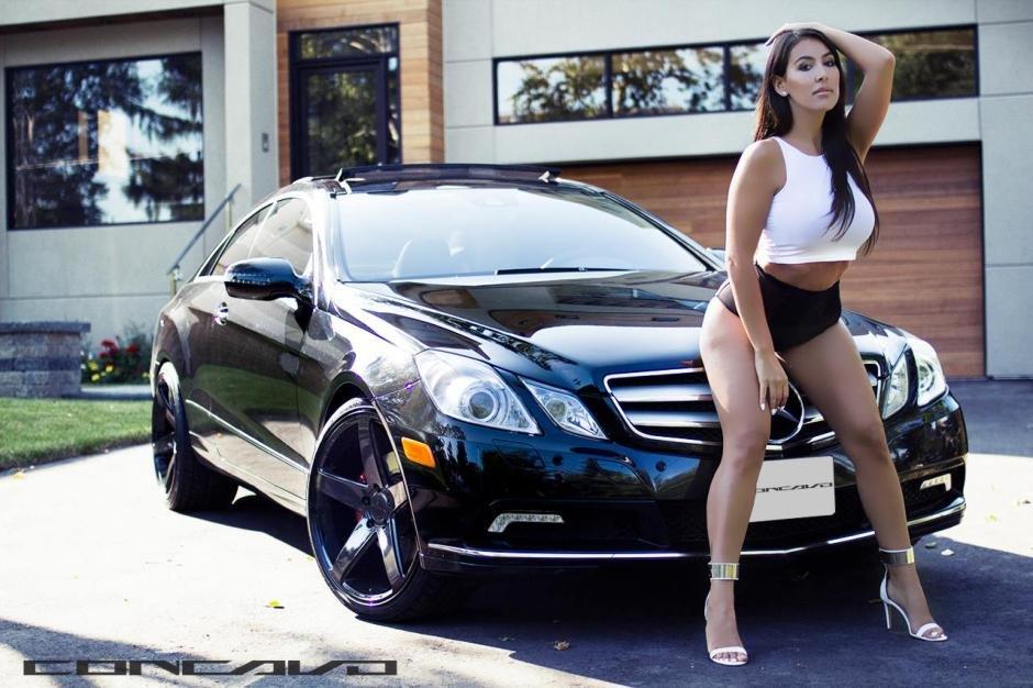 un-mercedes-e-coupe-si-o-bruneta-focoasa-0e52e1aa9c9e85d4c1-940-0-1-95-1