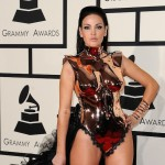 Vedetele internationale s-au intrecut in tinute indecente la premiile Grammy 2015