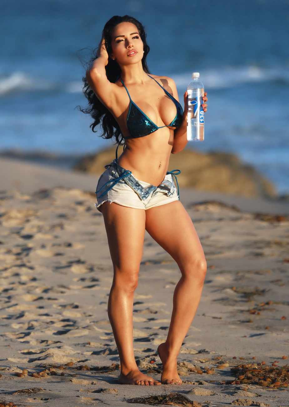 51879368 Playboy Playmate and MTV2 Wild'N Out host Nasia Jansen reveals her sexy bikini body on the set of a 138 Water photo shoot in Malibu, California on October 14, 2015. FameFlynet, Inc - Beverly Hills, CA, USA - +1 (818) 307-4813